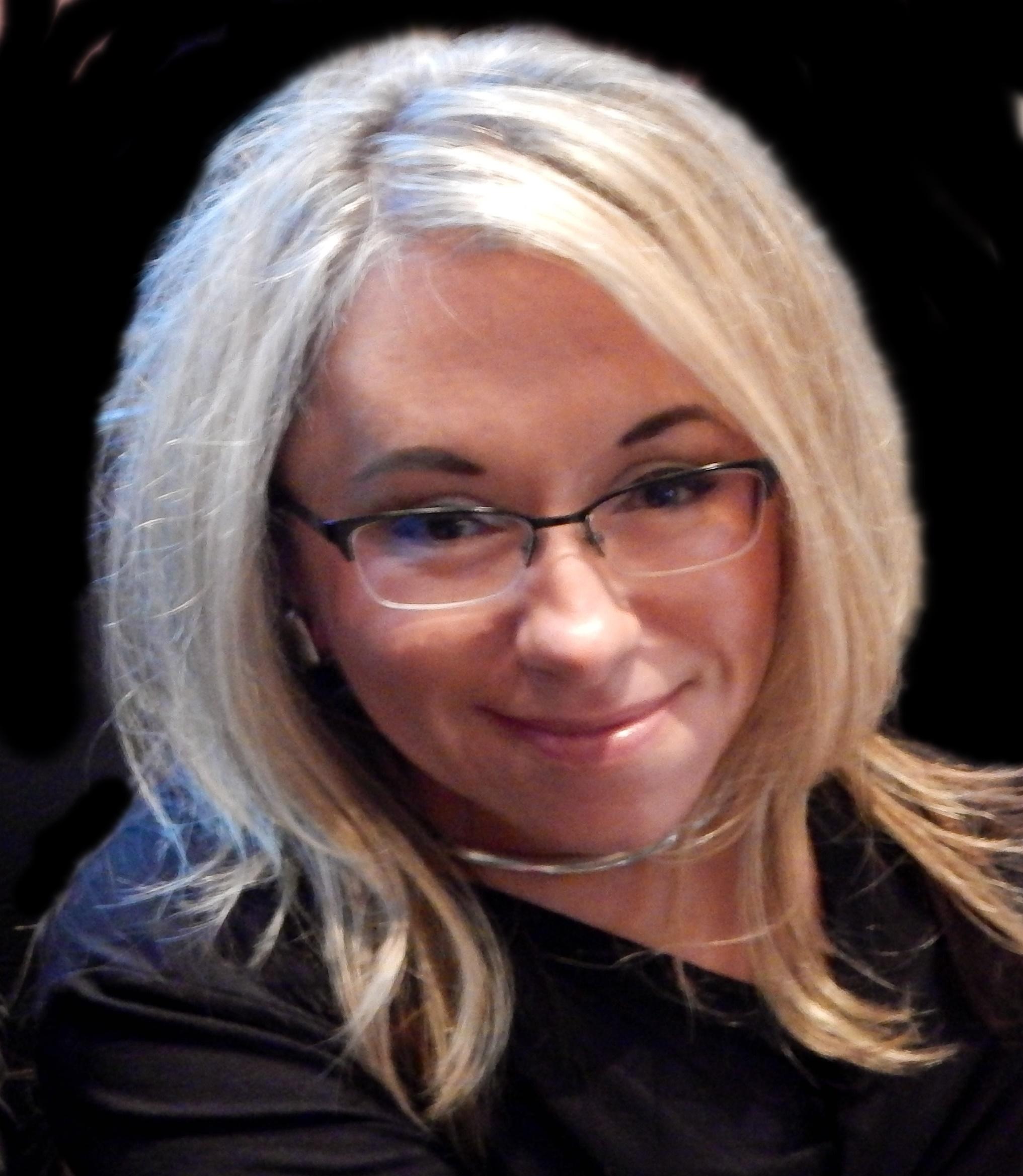Magda Romanska headshot